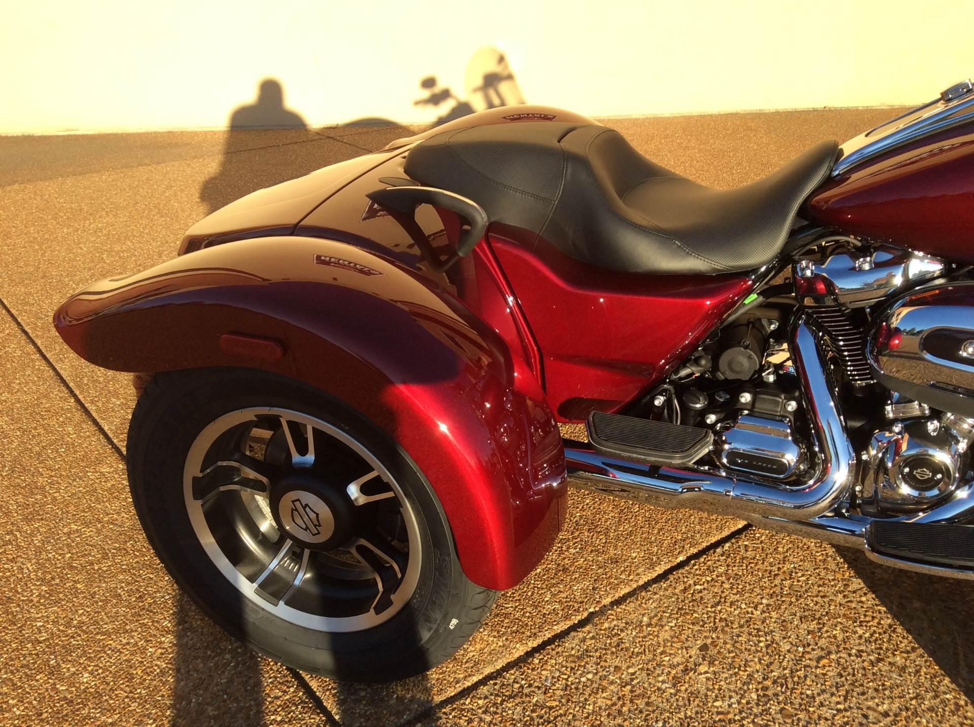 2017 Harley-Davidson Freewheeler in Southaven, Mississippi