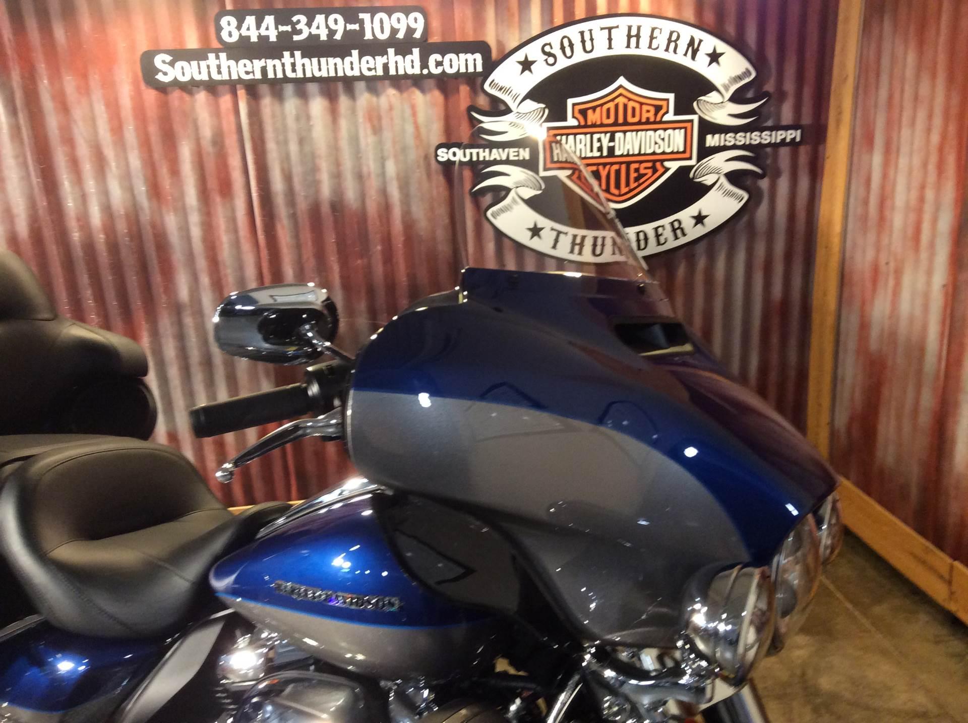 2017 Harley-Davidson Ultra Limited in Southaven, Mississippi