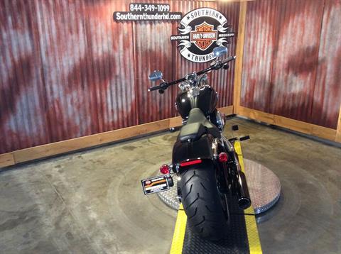 2016 Harley-Davidson Breakout® in Southaven, Mississippi