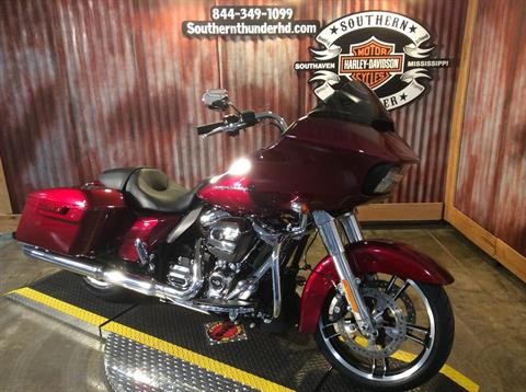 2017 Harley-Davidson Road Glide® Special in Southaven, Mississippi