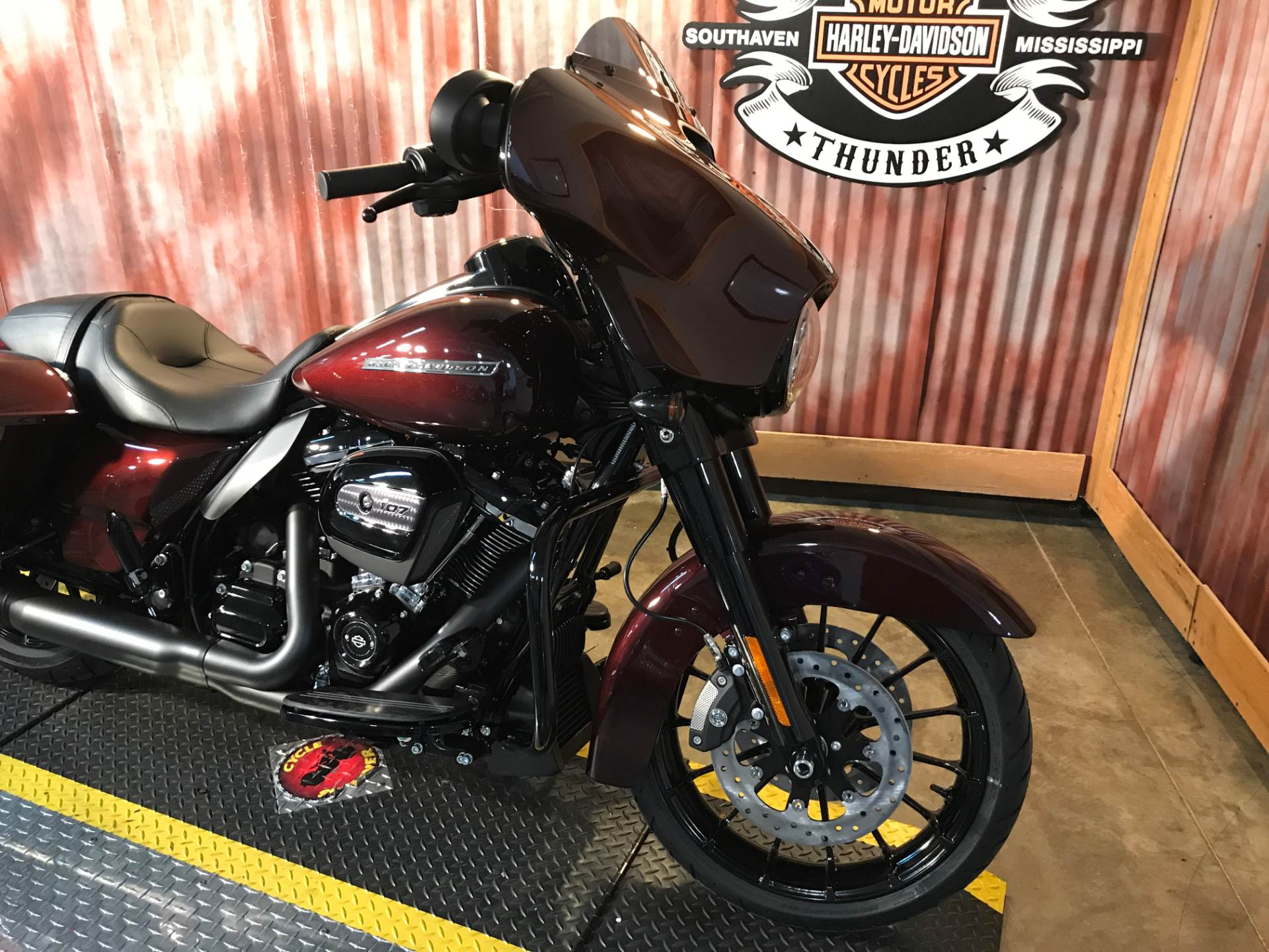 2018 Harley-Davidson Street Glide® Special in Southaven, Mississippi