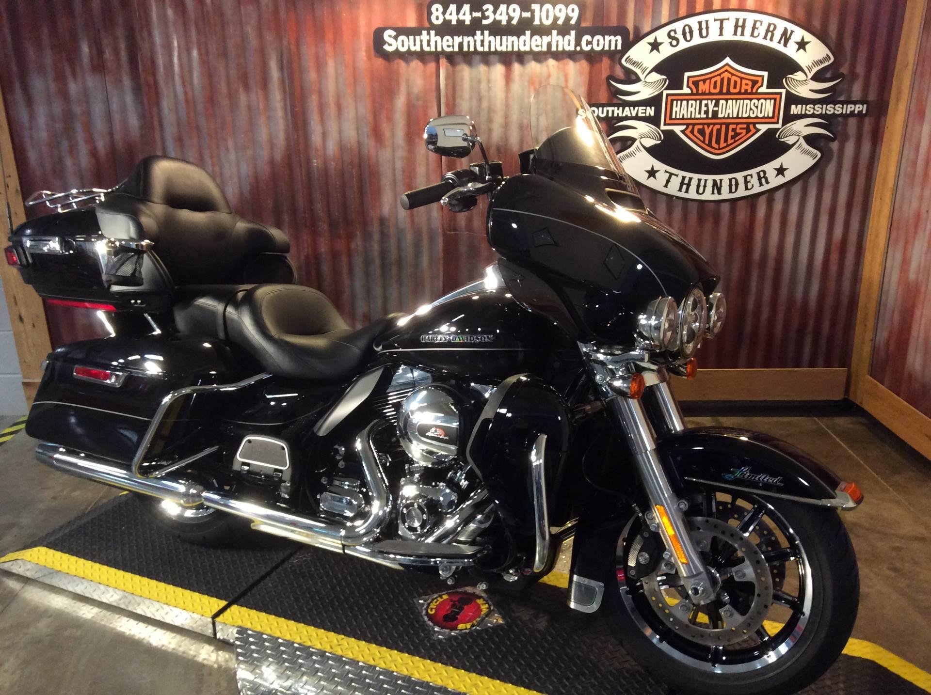 2016 Harley-Davidson Ultra Limited in Southaven, Mississippi