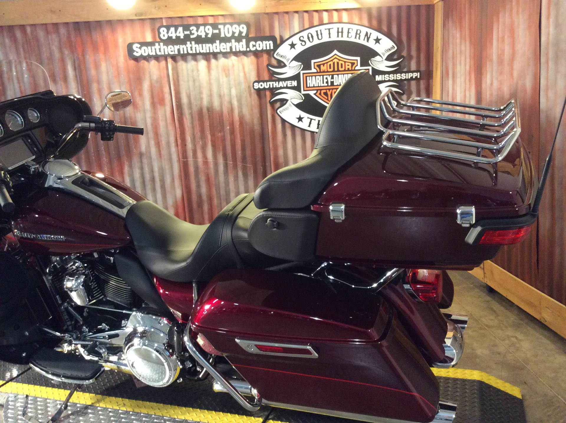 2017 Harley-Davidson Ultra Limited Low in Southaven, Mississippi