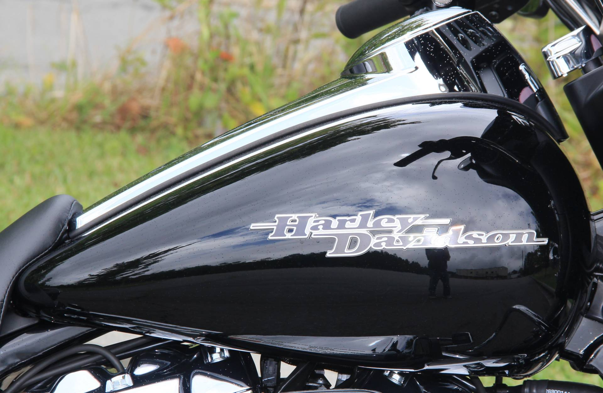 2020 Harley-Davidson Street Glide in Cartersville, Georgia - Photo 11
