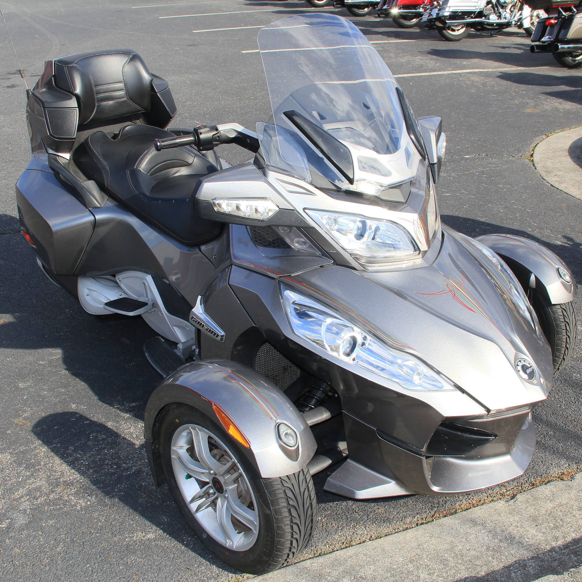 2011 Can-Am Spyder in Cartersville, Georgia - Photo 2