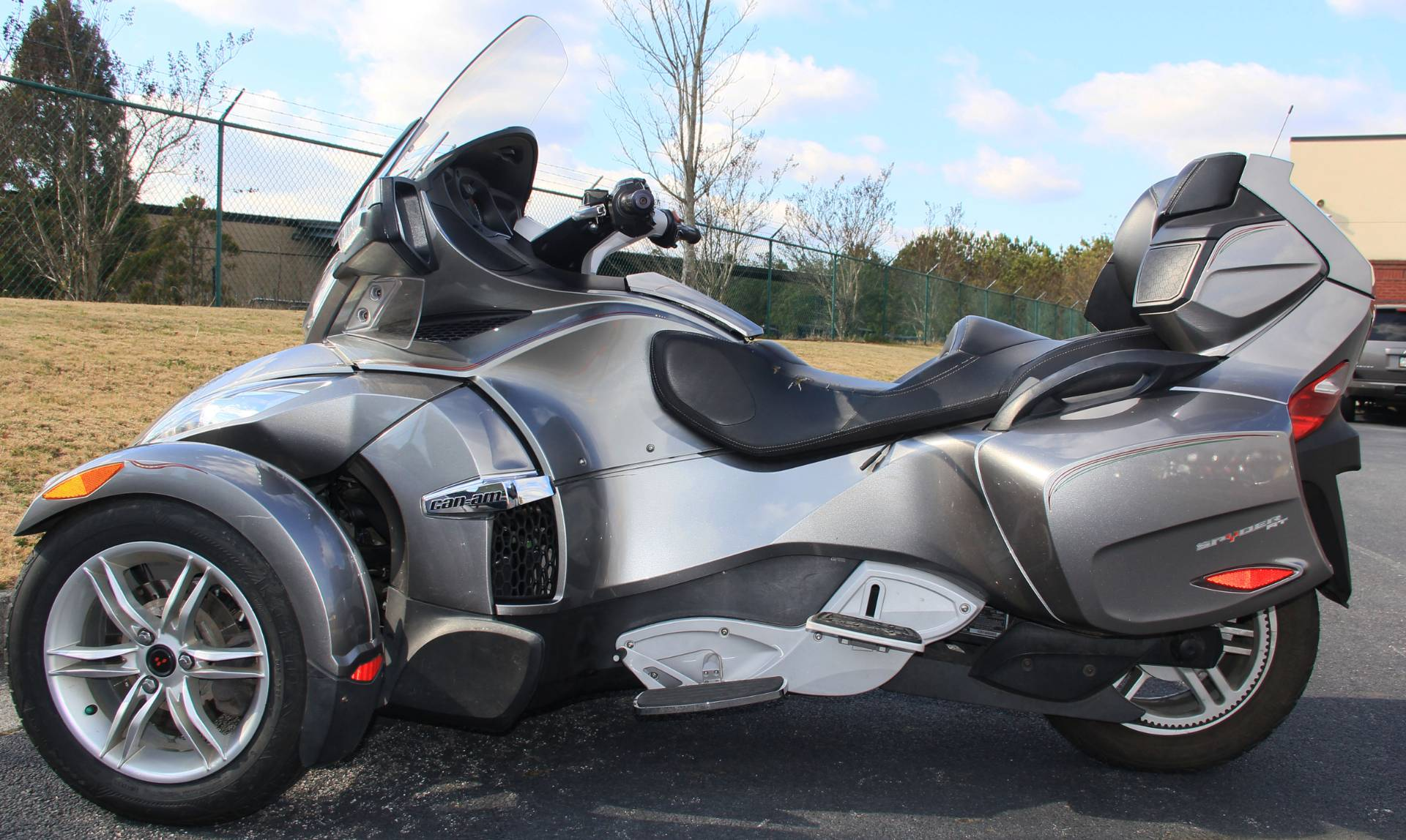 2011 Can-Am Spyder in Cartersville, Georgia - Photo 4