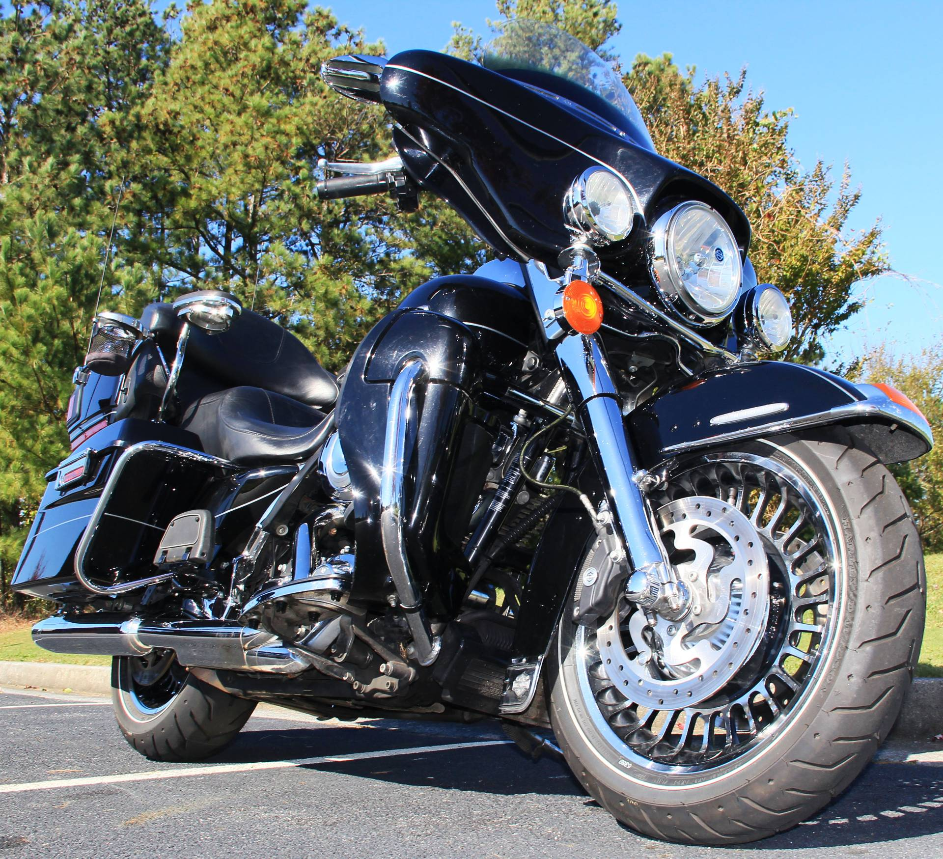 2011 Harley-Davidson Ultra Limited in Cartersville, Georgia - Photo 2
