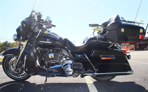 2011 Harley-Davidson Ultra Limited in Cartersville, Georgia - Photo 4