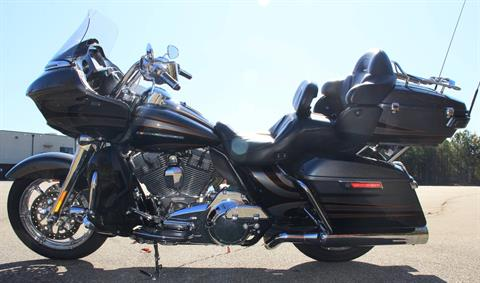 2016 Harley-Davidson Road Glide Ultra CVO in Cartersville, Georgia - Photo 5