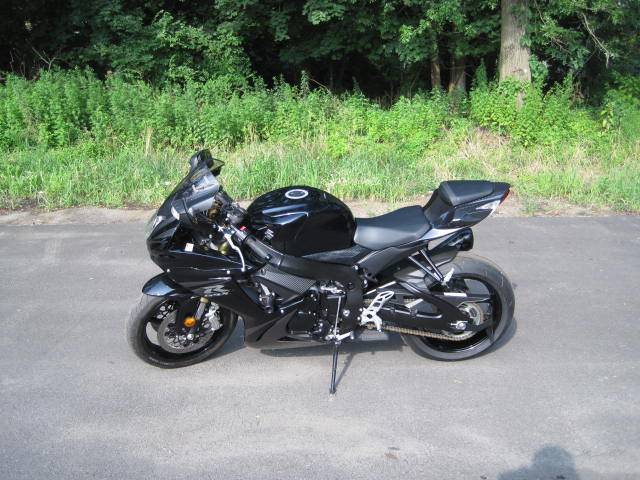2013 Suzuki GSX-R750™ in Metuchen, New Jersey - Photo 8