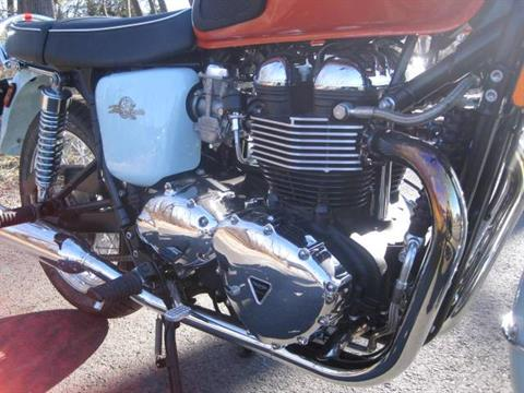 2009 Triumph Bonneville SE in Metuchen, New Jersey - Photo 14