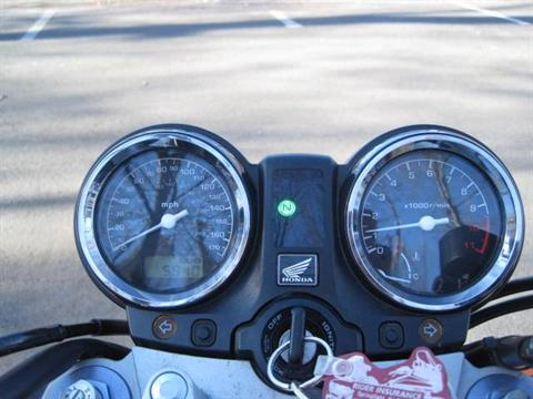 2009 Triumph Bonneville SE in Metuchen, New Jersey - Photo 17