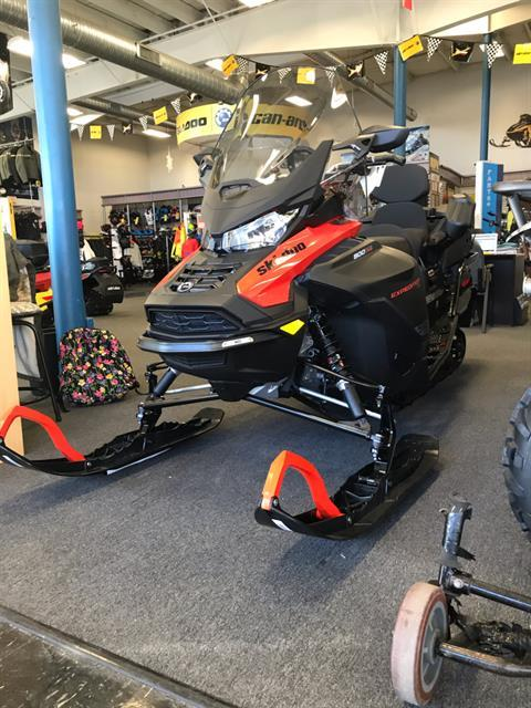 2020 Ski-Doo Expedition SE 154 900 ACE Turbo ES w/ Silent Ice Cobra WT 1.5 in Cohoes, New York - Photo 2