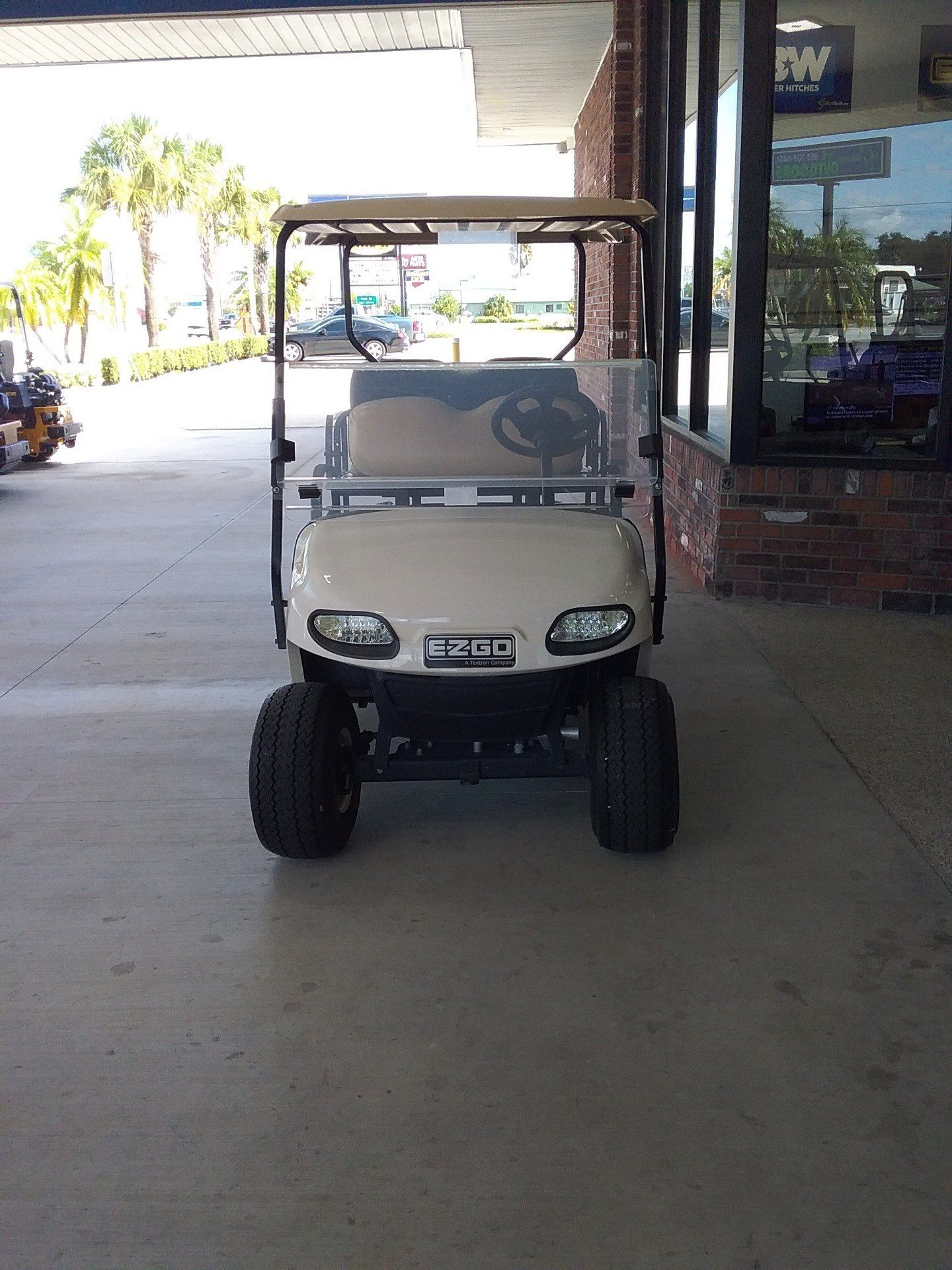 2015 E-Z-GO Freedom TXT Electric in Okeechobee, Florida - Photo 3