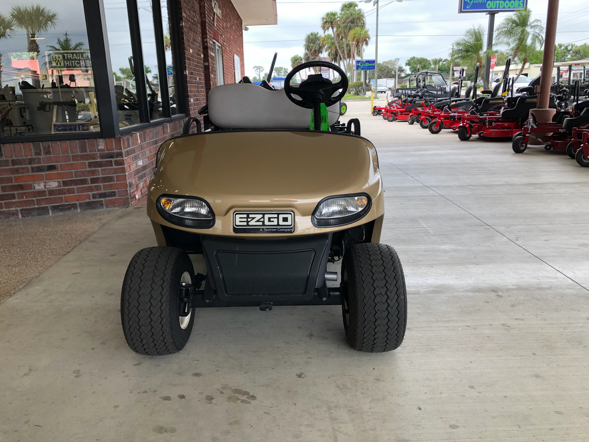 2016 E-Z-Go Freedom TXT 2+2 Electric in Okeechobee, Florida - Photo 4
