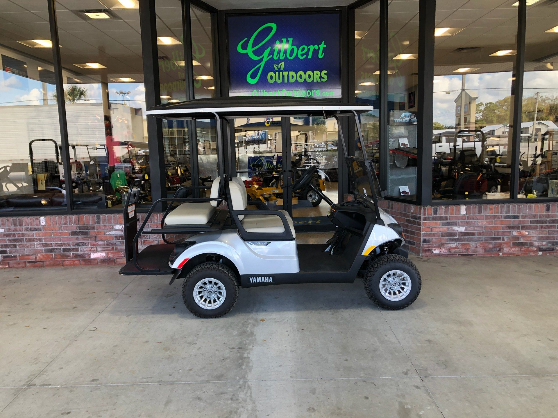 2019 Yamaha Adventurer Sport 2+2 (Electric) in Okeechobee, Florida - Photo 2