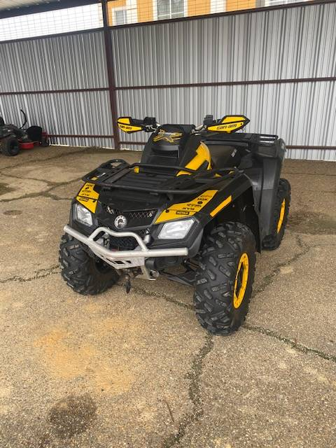 2011 Can-Am Outlander™ 800R X xc in West Monroe, Louisiana - Photo 1