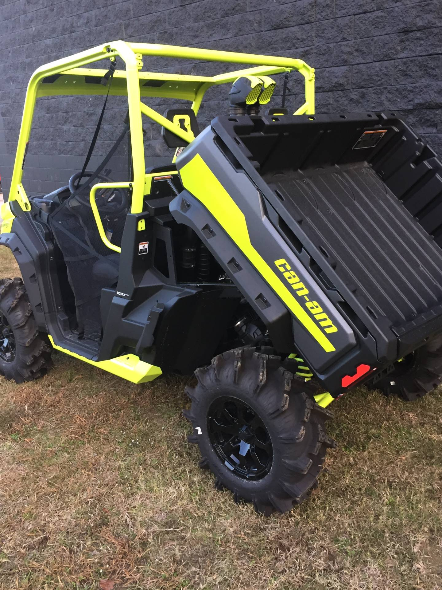 2020 Can-Am Defender X MR HD10 in West Monroe, Louisiana - Photo 6