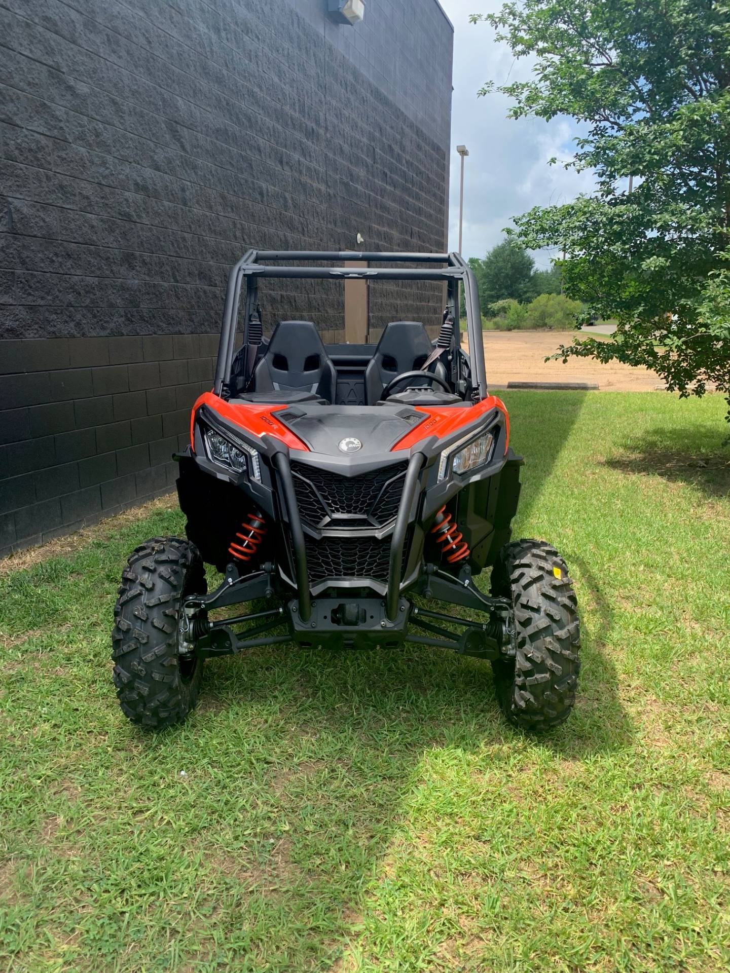 2019 Can-Am Maverick Sport DPS 1000R in West Monroe, Louisiana - Photo 2