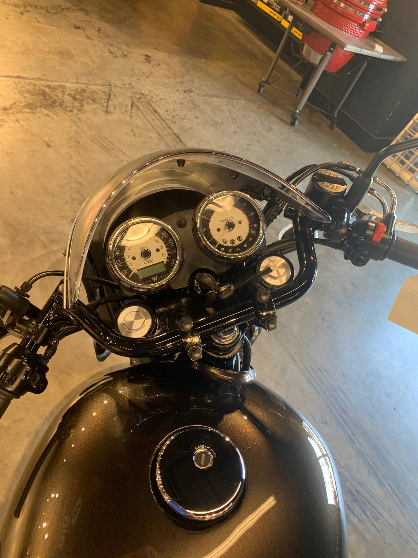 2019 Kawasaki W800 Cafe in West Monroe, Louisiana - Photo 4