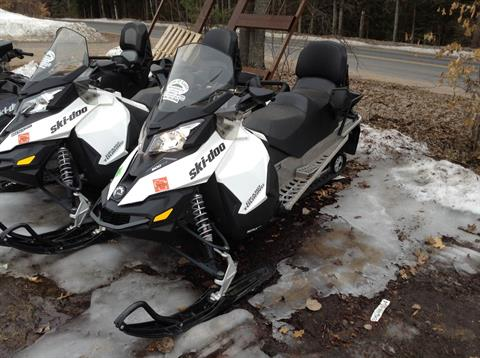 2015 Ski-Doo Grand Touring™ Sport ACE™ 600 in Land O Lakes, Wisconsin