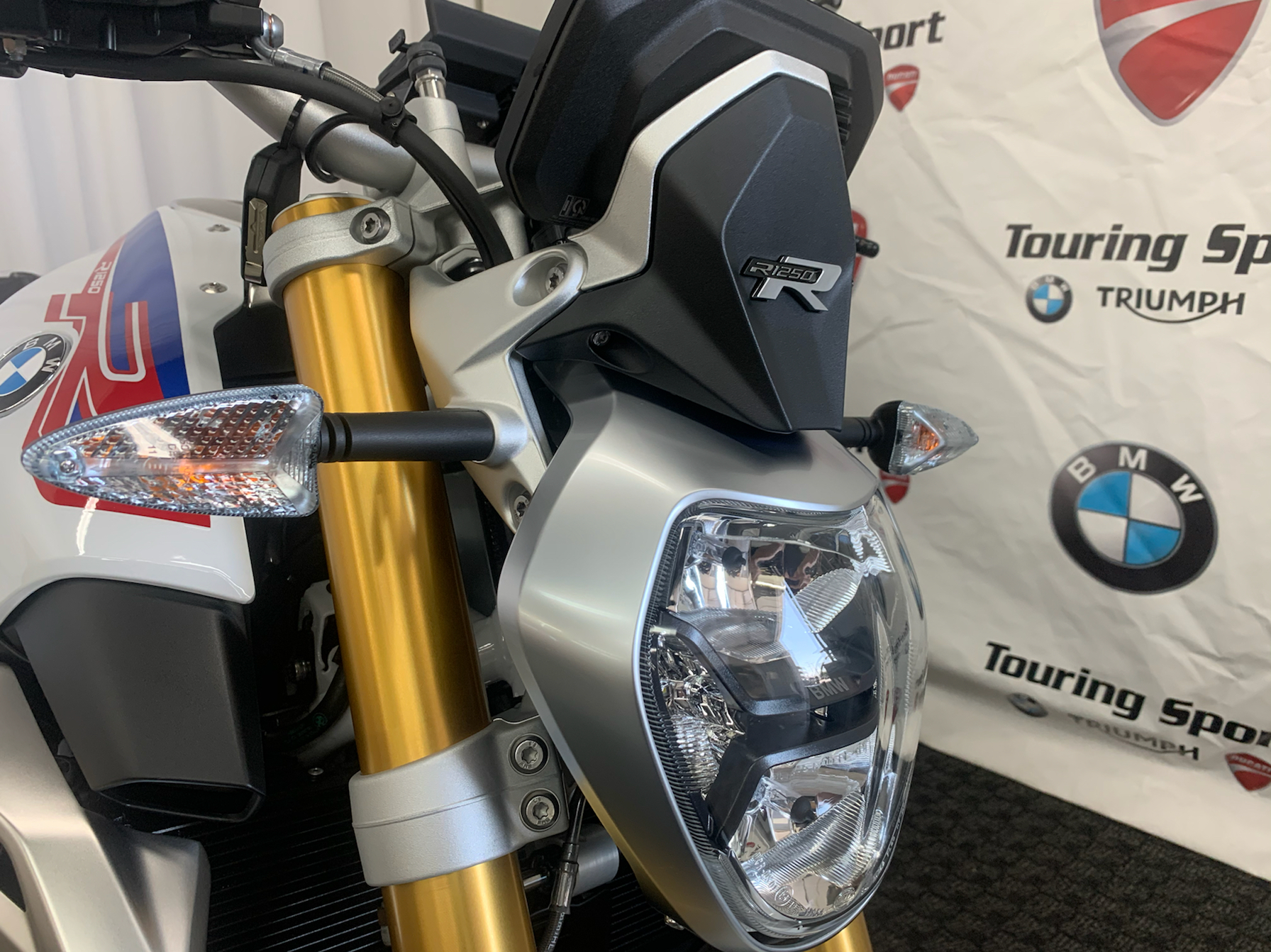2020 BMW r1250r in Greenville, South Carolina - Photo 9