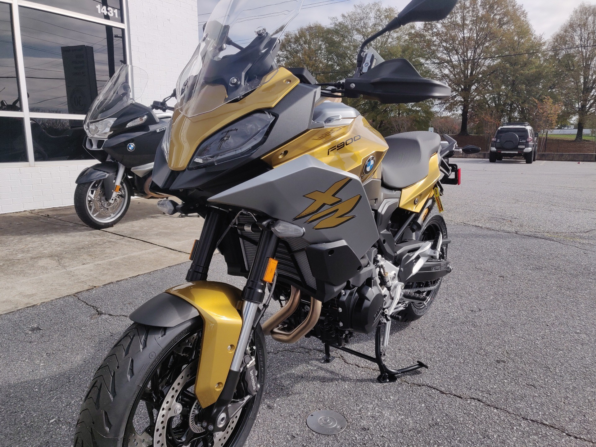 2021 BMW F900XR in Greenville, South Carolina - Photo 1