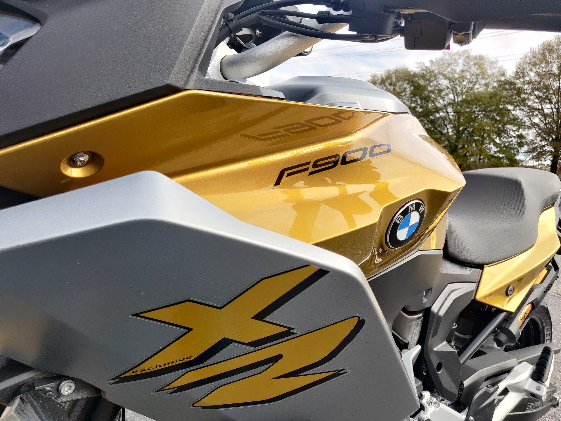 2021 BMW F900XR in Greenville, South Carolina - Photo 15