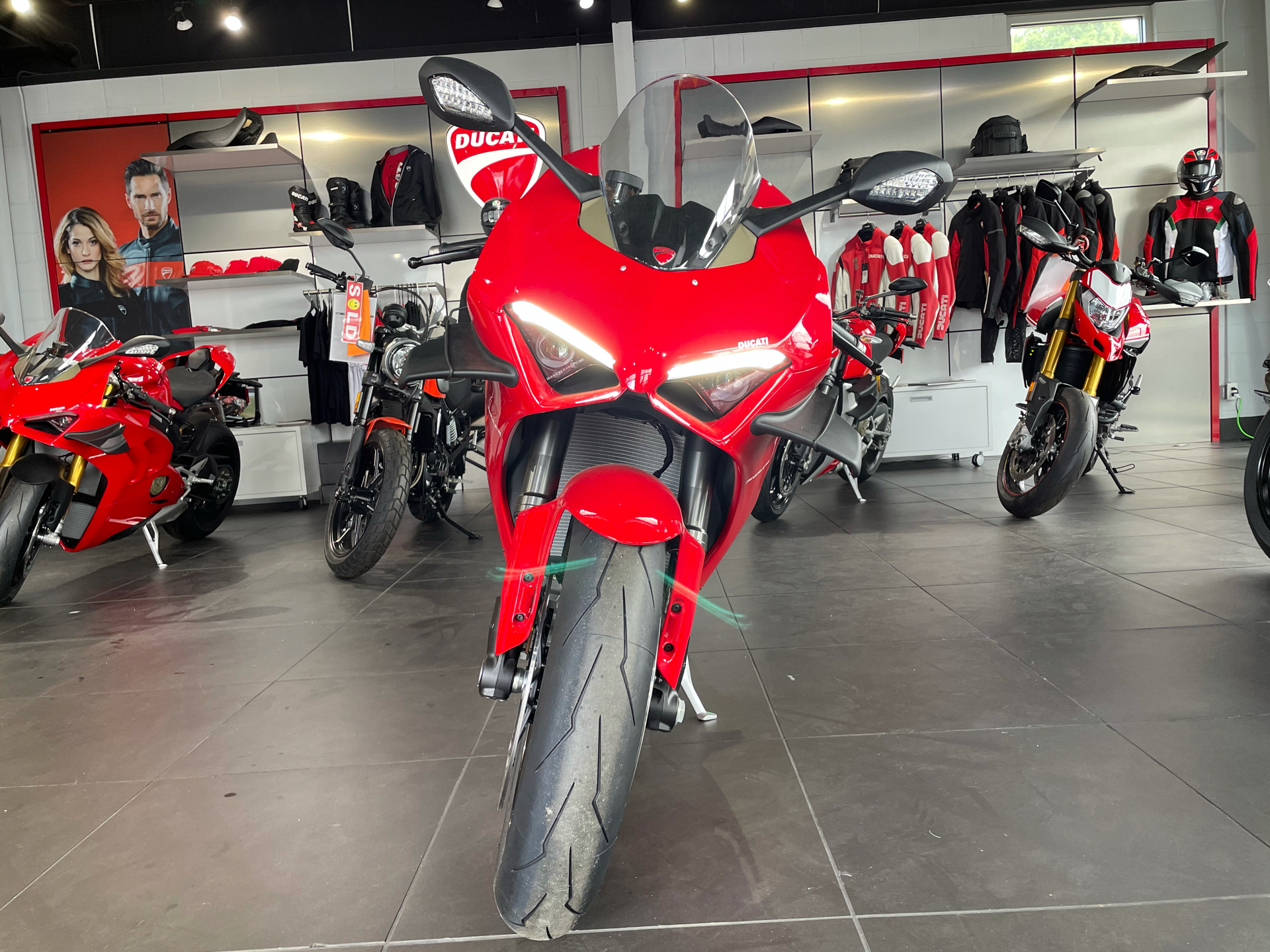 2021 Ducati Panigale V4 in Greenville, South Carolina - Photo 7