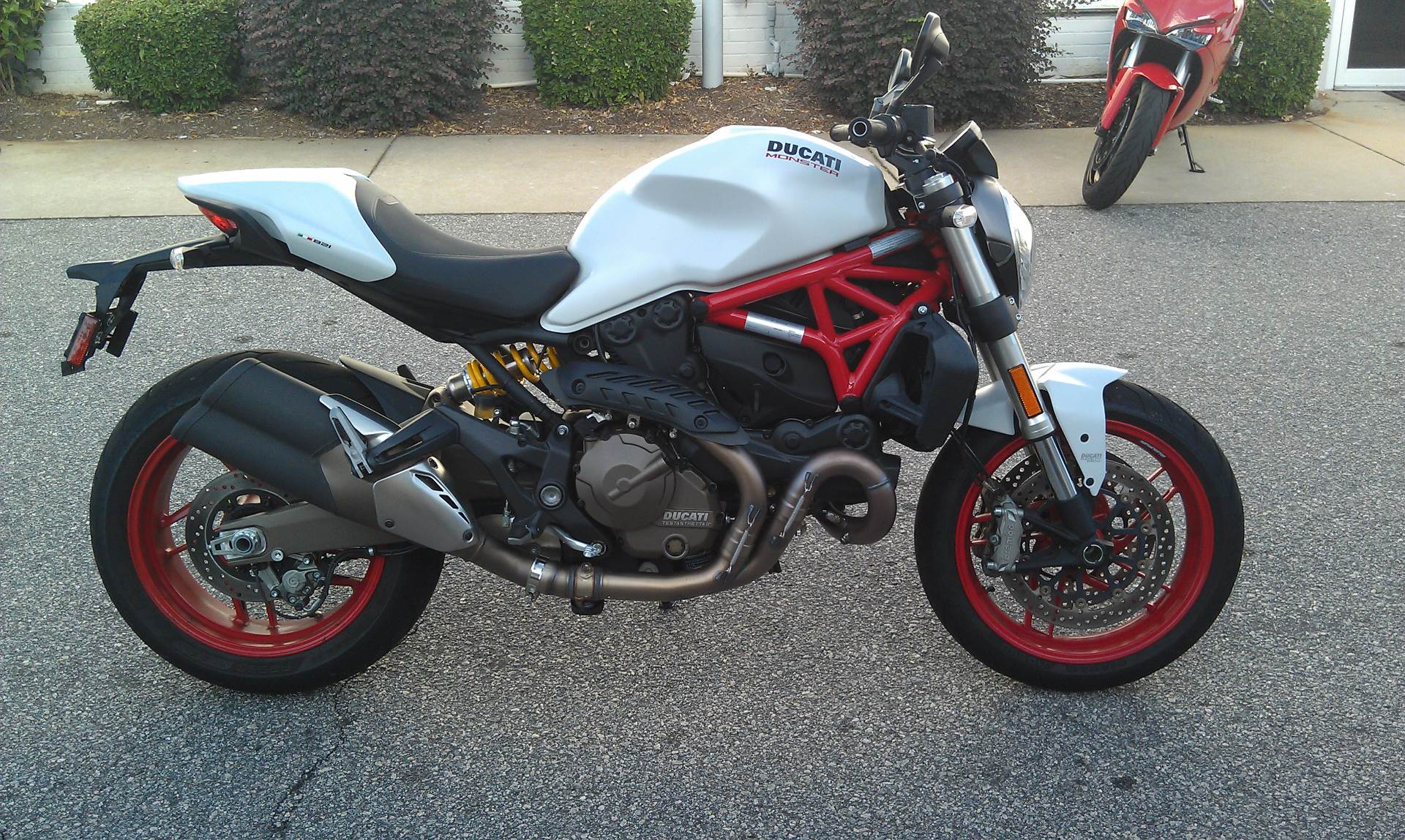 2016 Ducati Monster 821 in Greenville, South Carolina