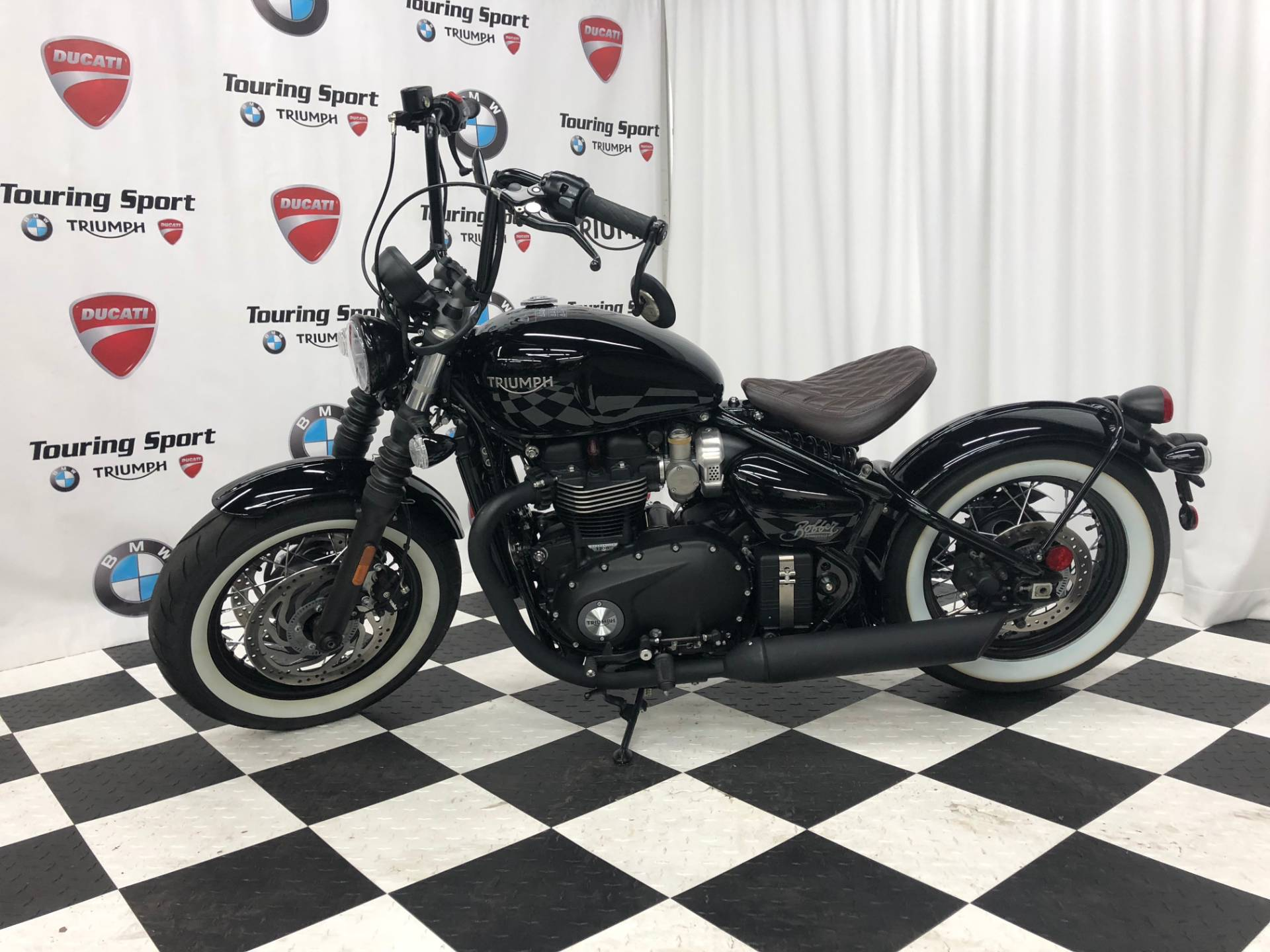 New 2018 Triumph Bonneville Bobber Black Motorcycles In Greenville