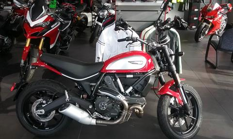 2017 Ducati Scrambler Icon in Greenville, South Carolina