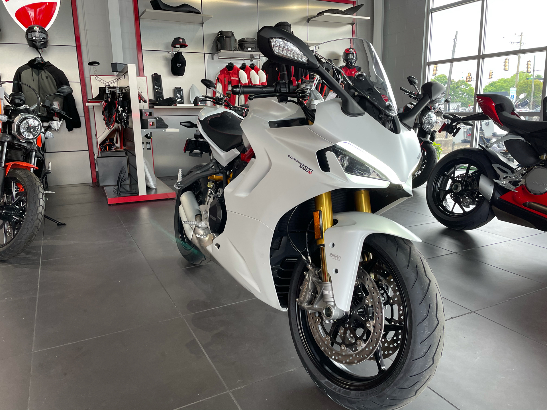 2021 Ducati SuperSport 950 S in Greenville, South Carolina - Photo 2