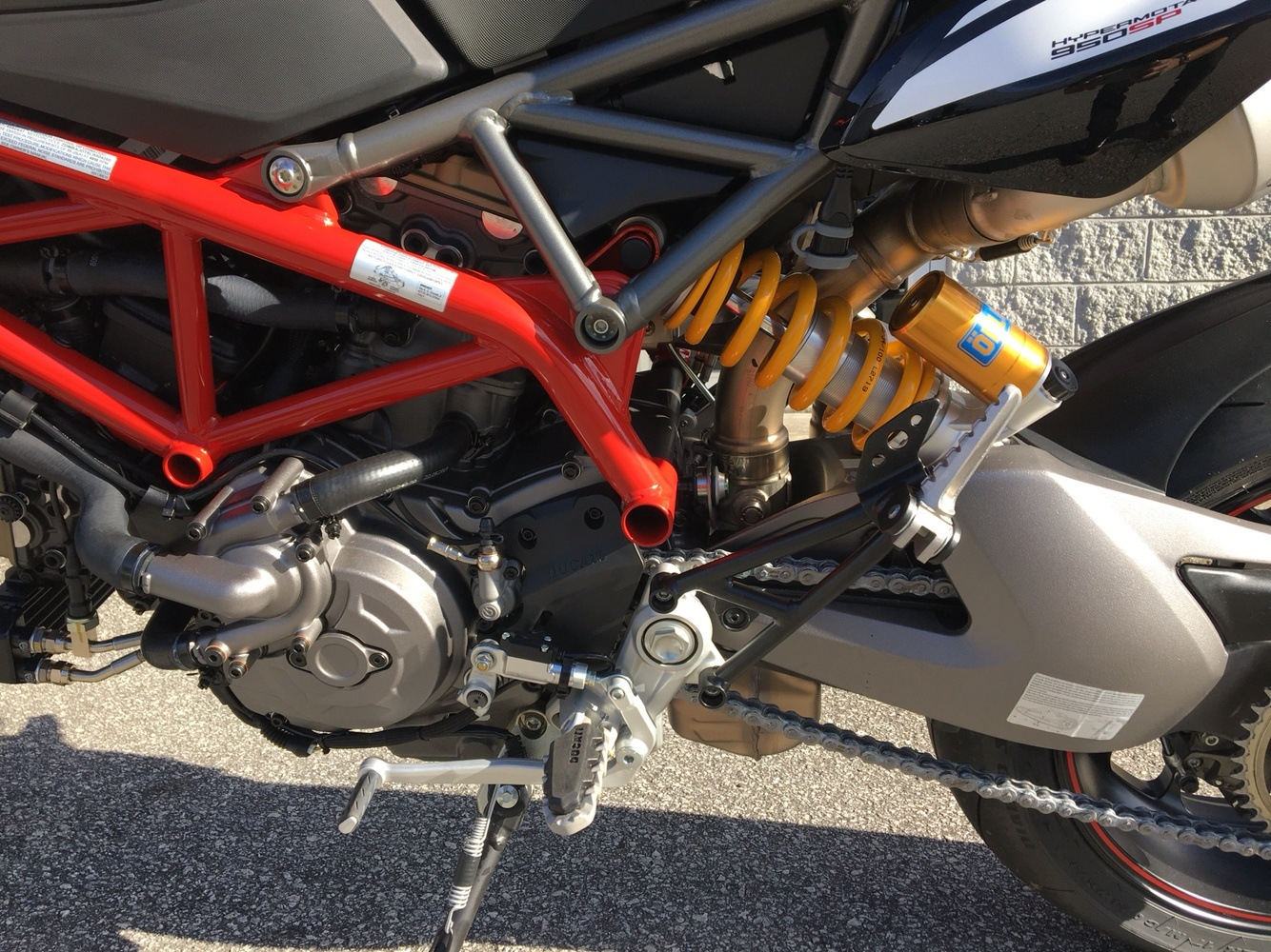 2020 Ducati Hypermotard 950 SP in Greenville, South Carolina - Photo 7