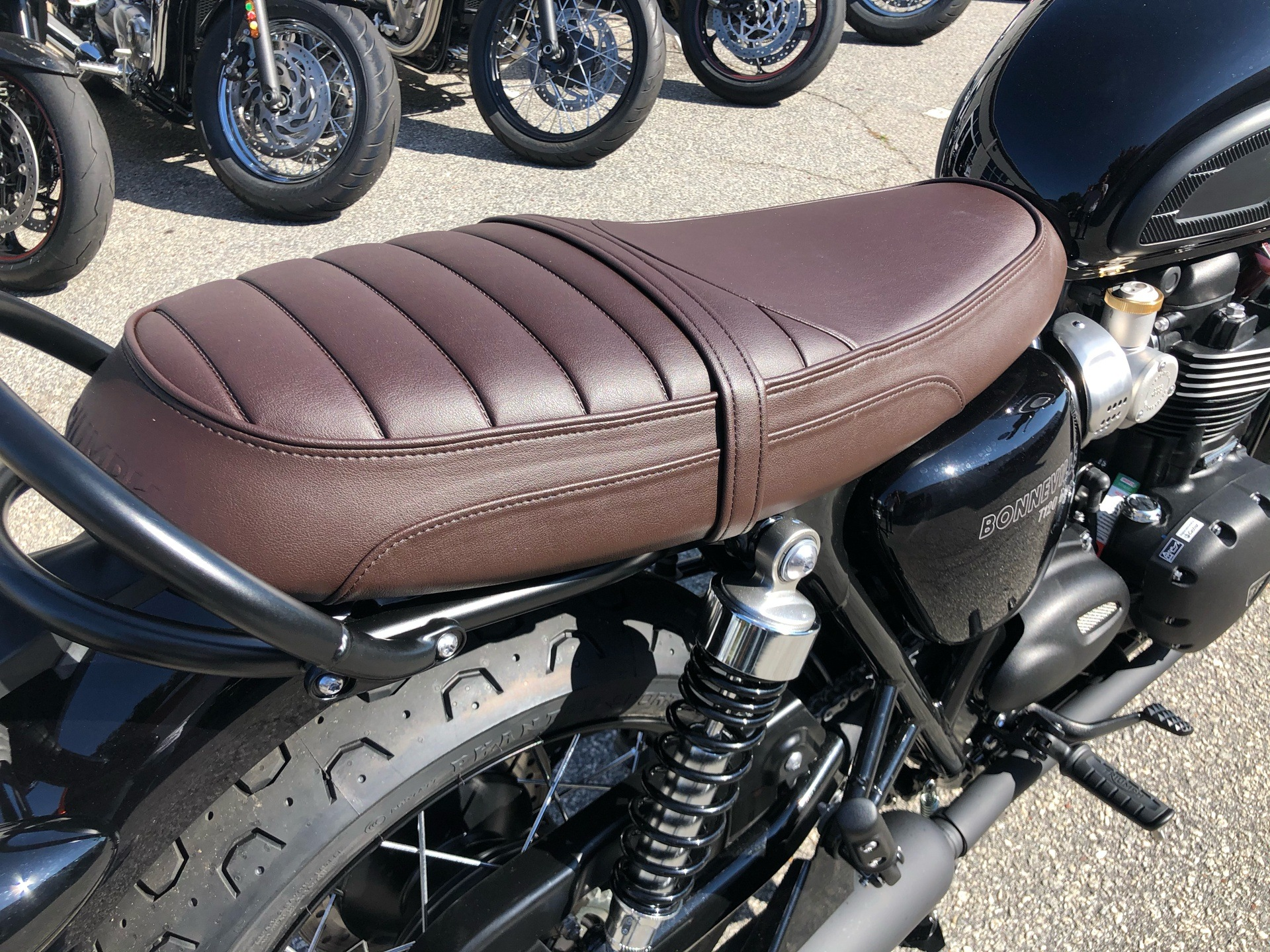 2020 Triumph Bonneville T120 Black in Greenville, South Carolina - Photo 4