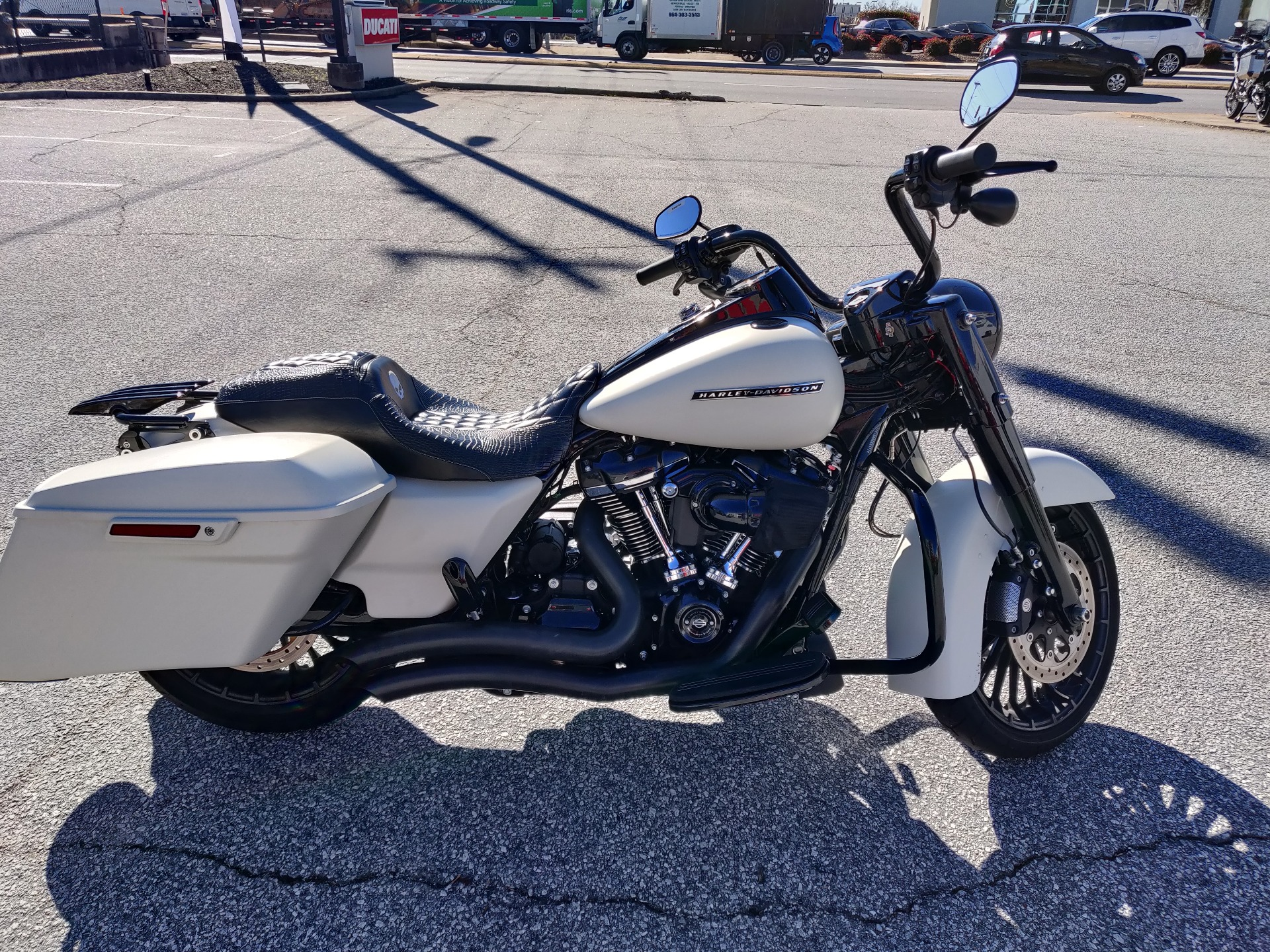 2019 Harley-Davidson Road King® Special in Greenville, South Carolina - Photo 4
