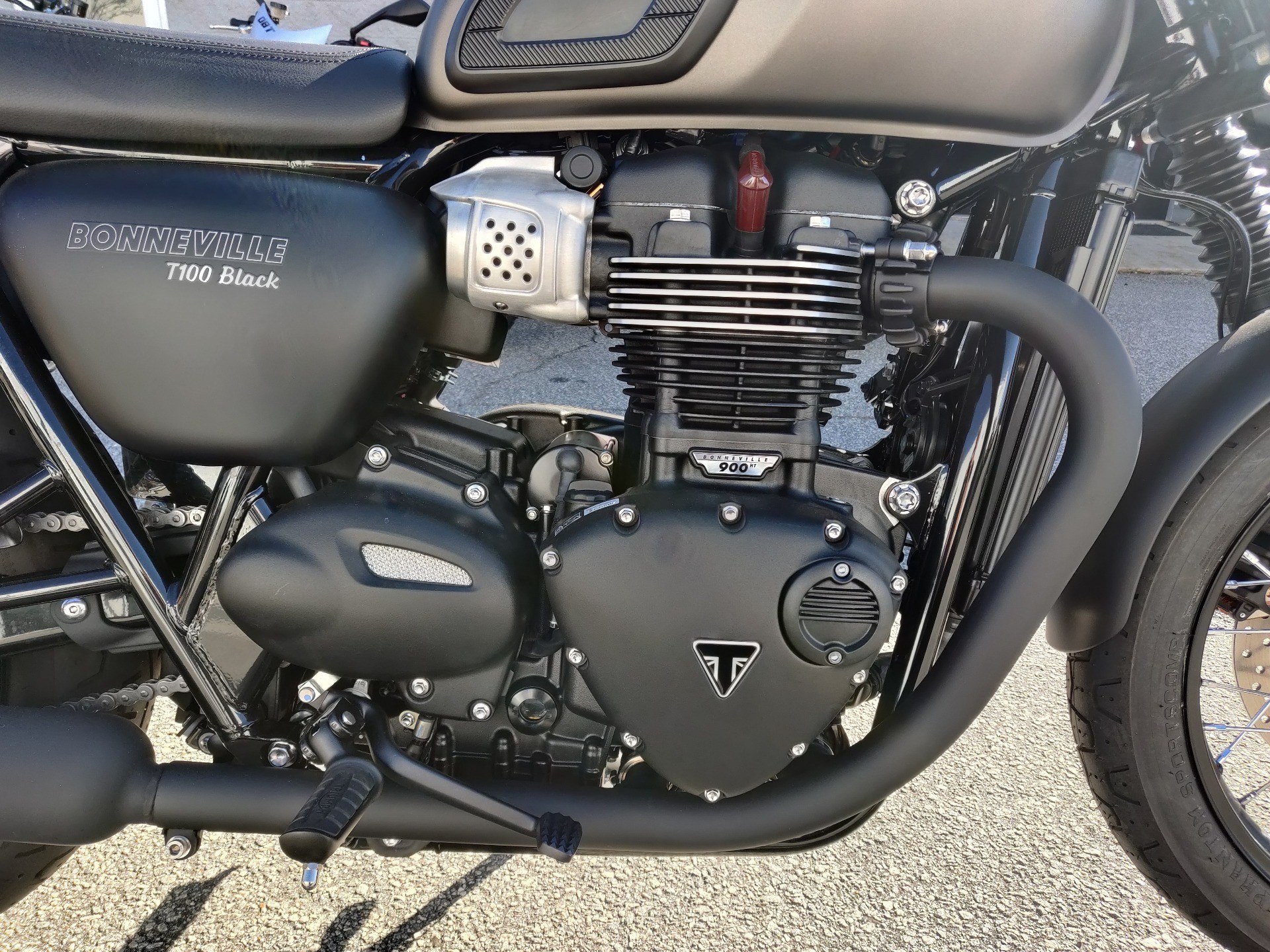 2020 Triumph Bonneville T100 Black in Greenville, South Carolina - Photo 13