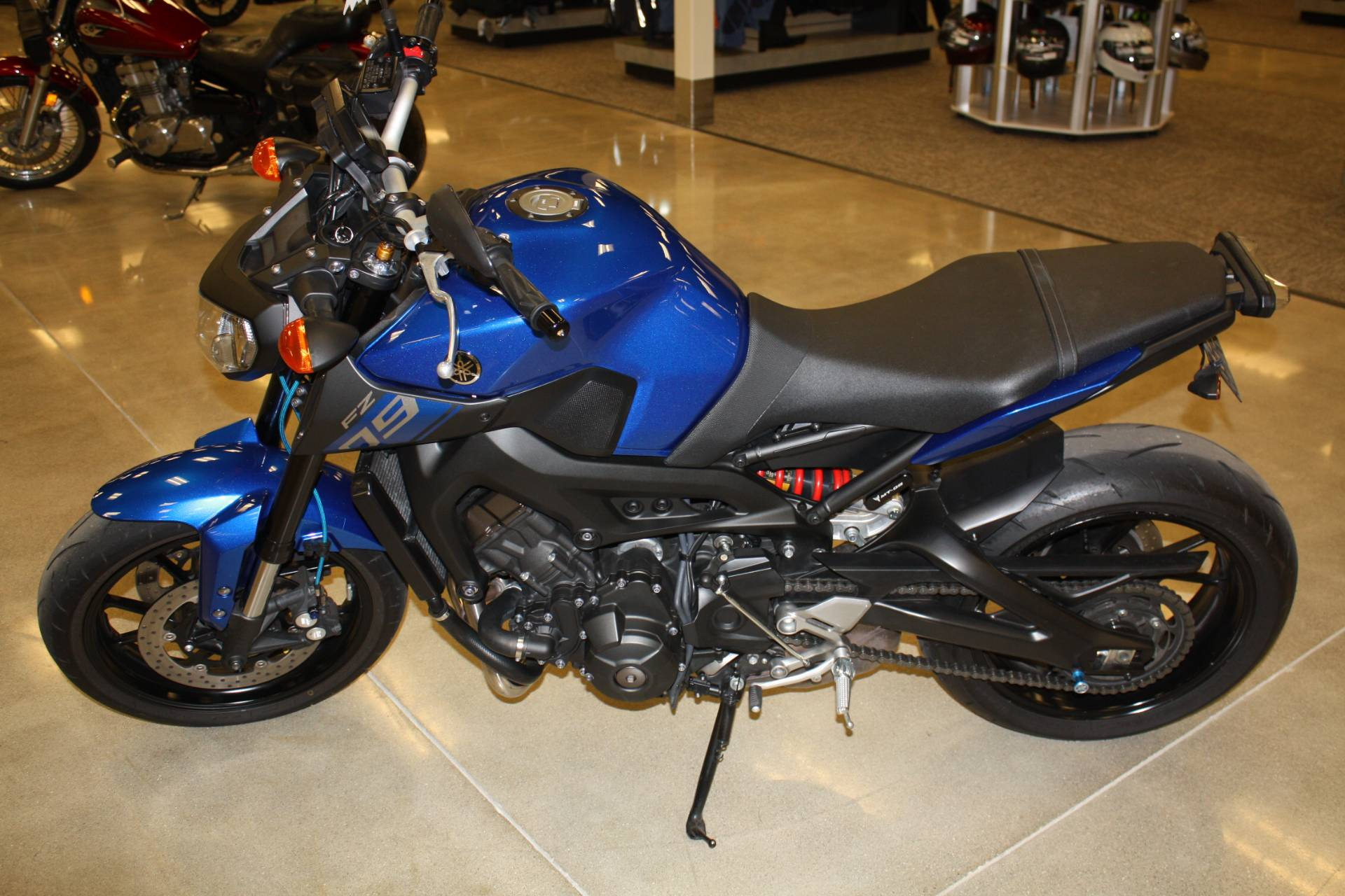 2016 Yamaha FZ-09 in Middletown, Ohio - Photo 2