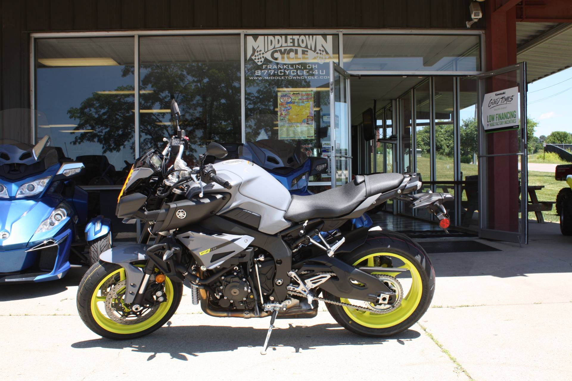 2017 Yamaha FZ-10 in Franklin, Ohio