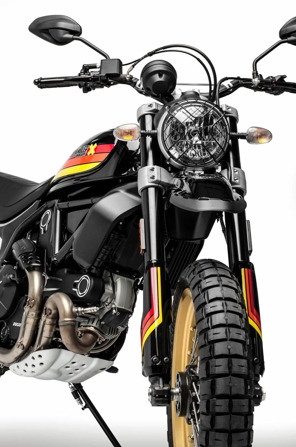 2018 Ducati Scrambler Desert Sled in Thousand Oaks, California