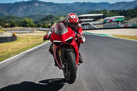 2018 Ducati V4 Panigale S in Thousand Oaks, California