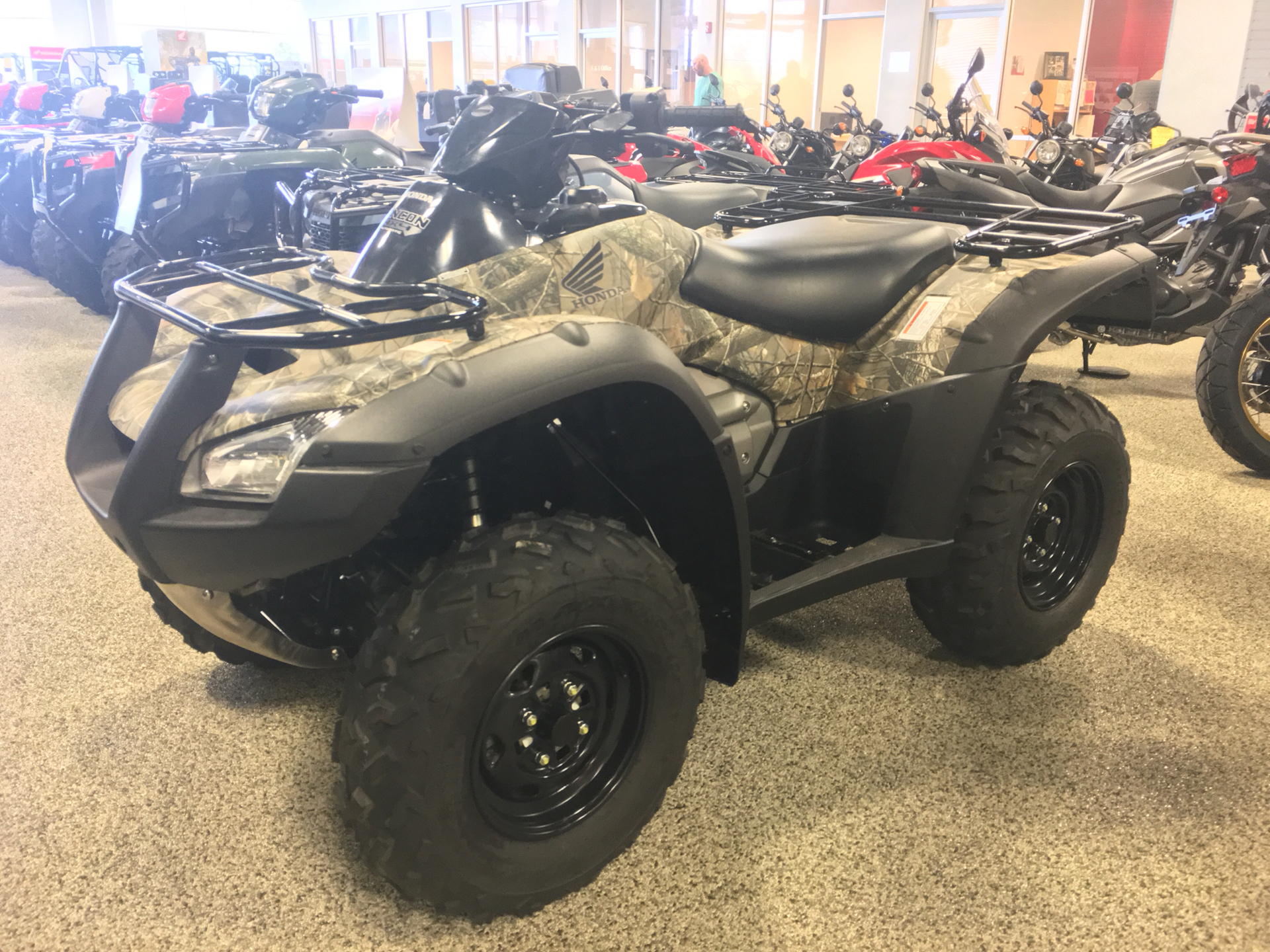 2019 Honda FourTrax Rincon in Olive Branch, Mississippi - Photo 2