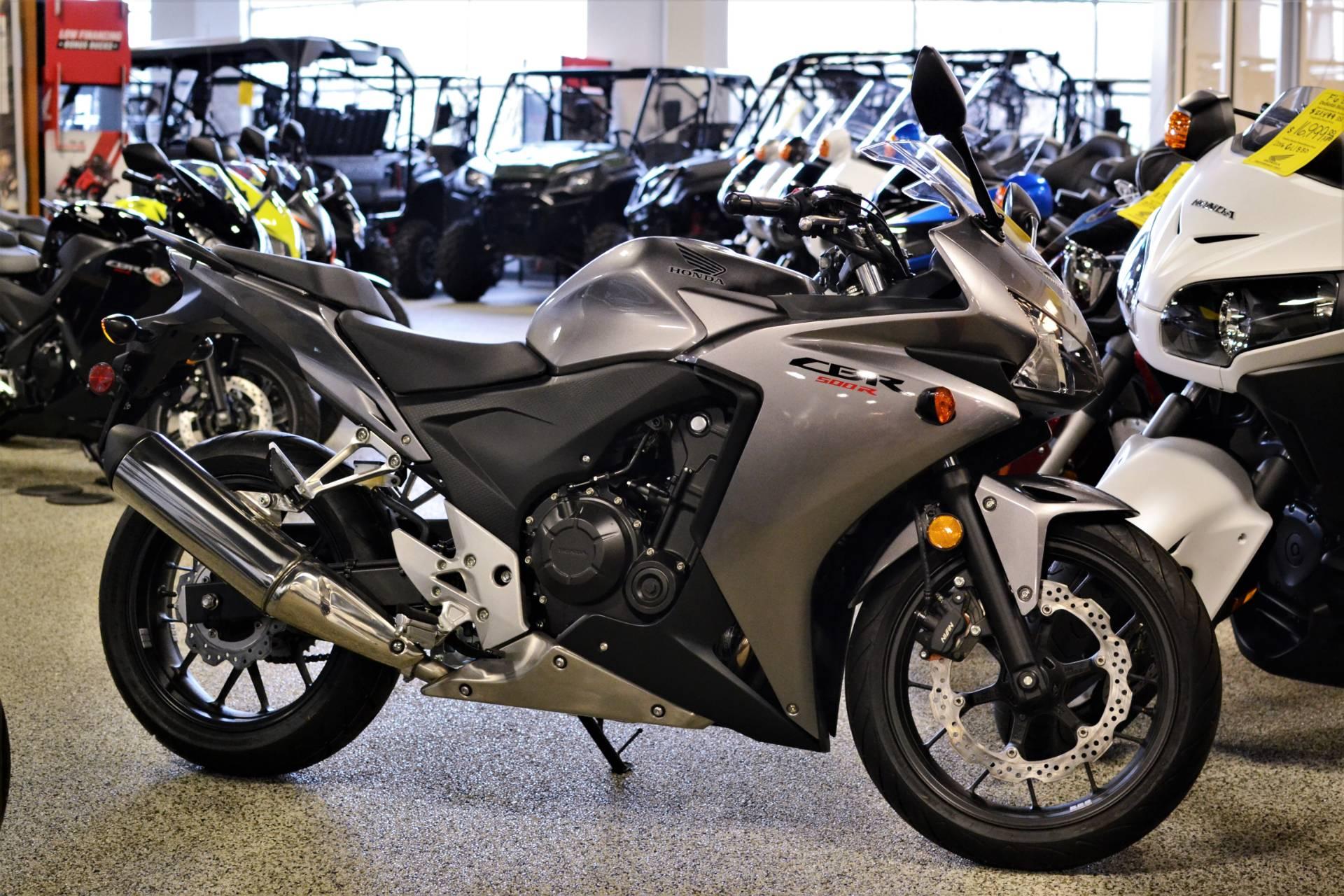 2015 Honda CBR®500R in Olive Branch, Mississippi