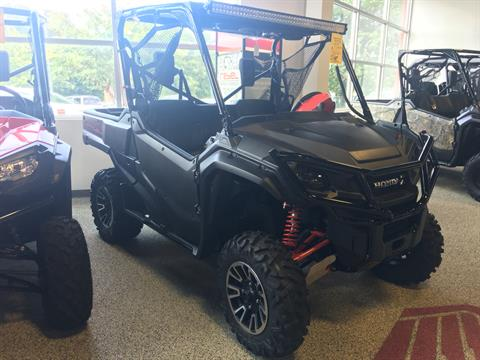 2017 Honda Pioneer 1000 LE in Olive Branch, Mississippi