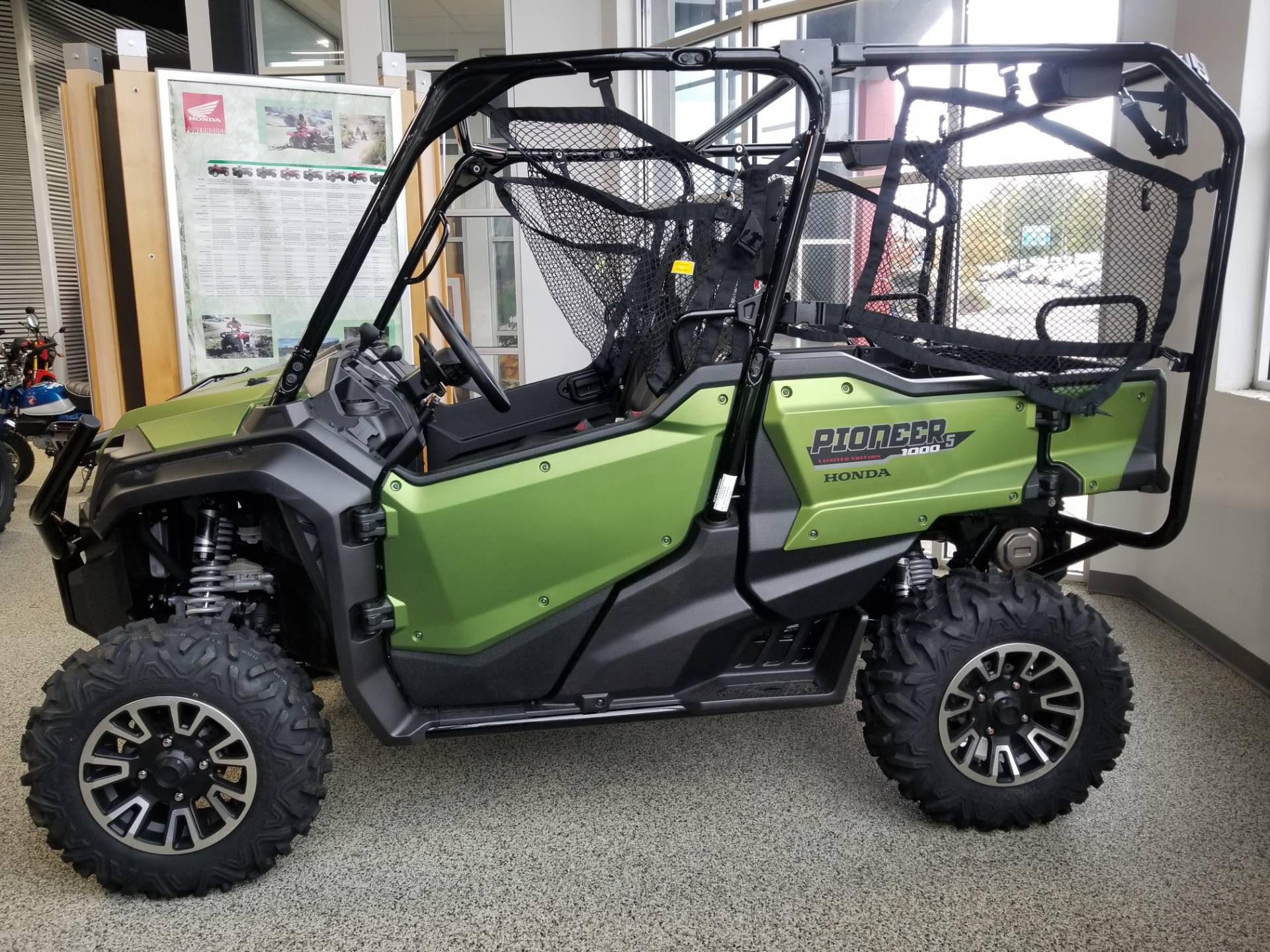 2020 Honda Pioneer 1000-5 LE in Olive Branch, Mississippi - Photo 1