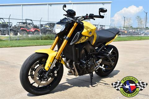 2015 Yamaha FZ-09 in La Marque, Texas - Photo 6