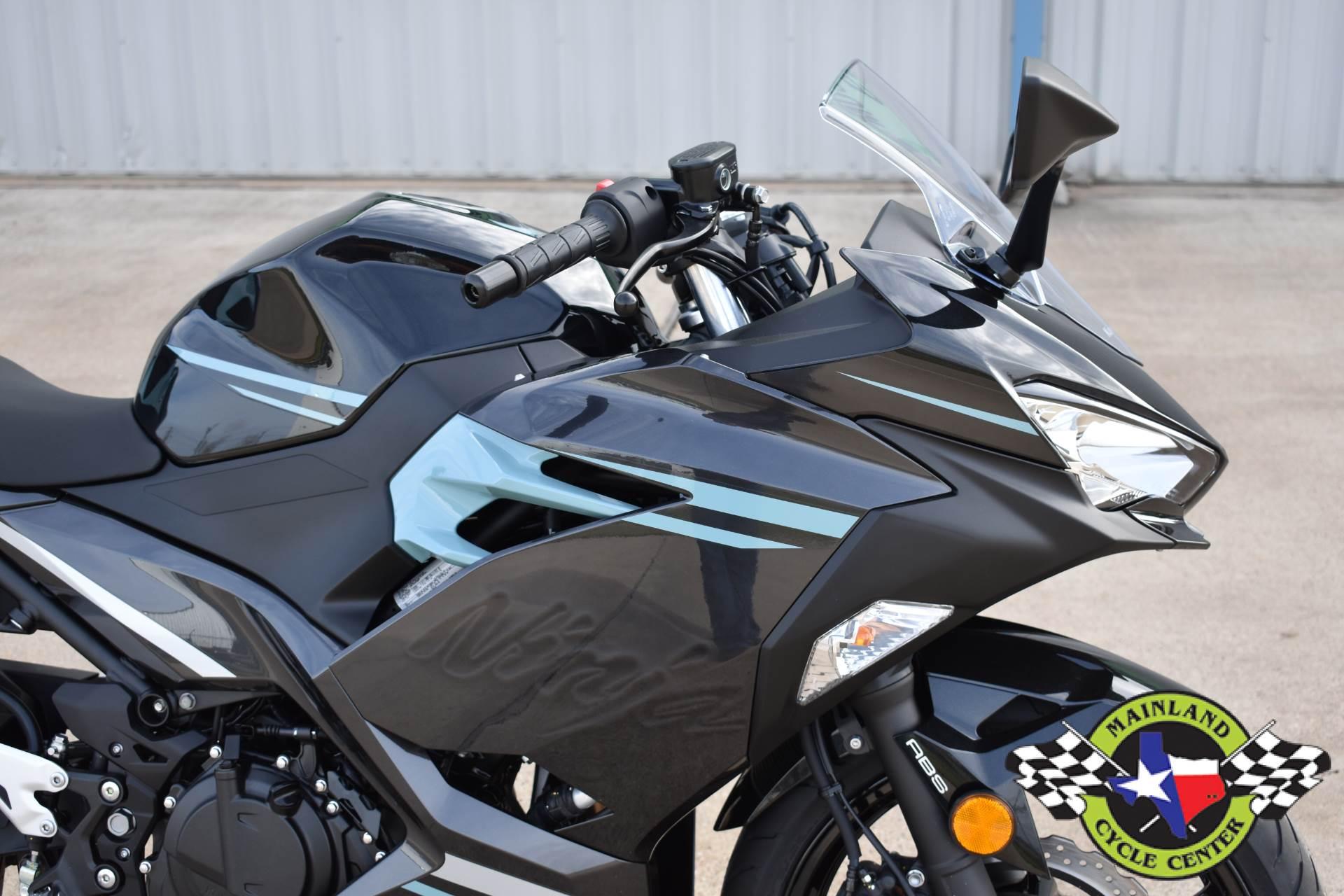 2020 Kawasaki Ninja 400 ABS 12
