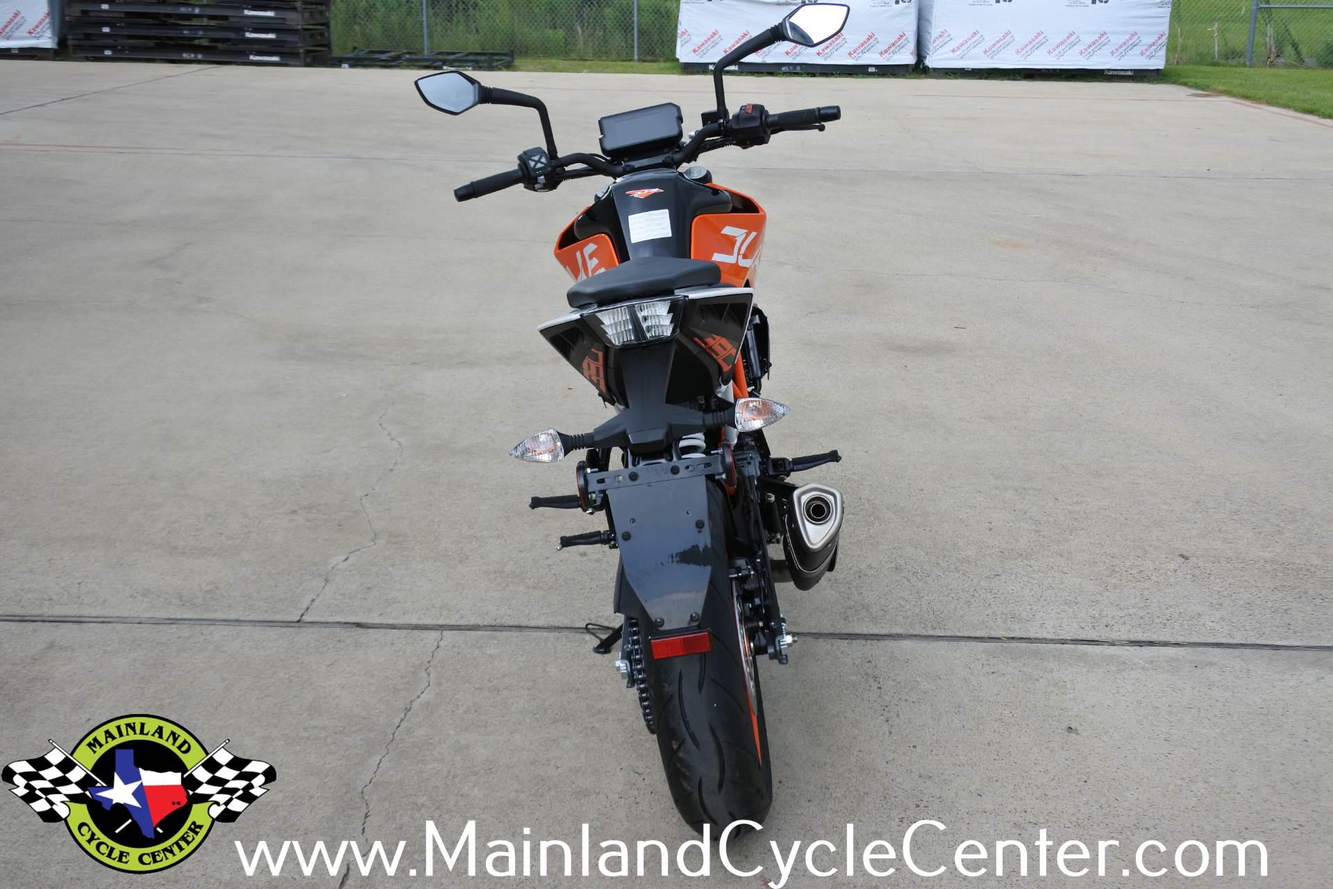 2018 KTM 390 Duke 7