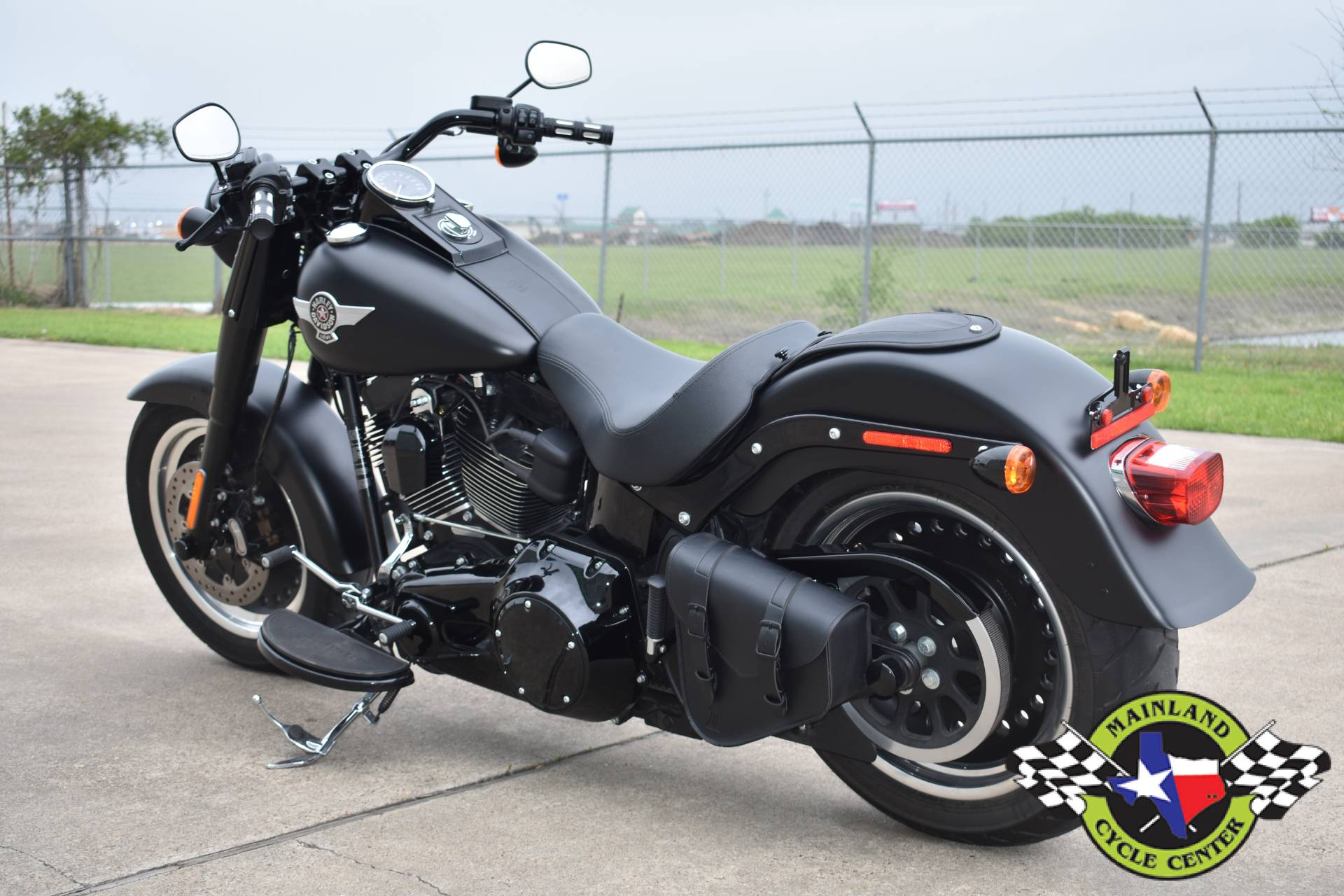 2017 Harley-Davidson Fat Boy® S in La Marque, Texas - Photo 6