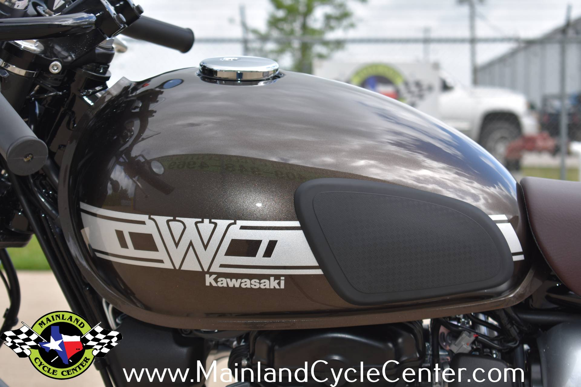 2020 Kawasaki W800 Cafe in La Marque, Texas - Photo 17